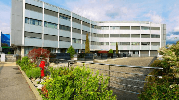 L'Hôpital de la Tour et La Clinique de Carouge